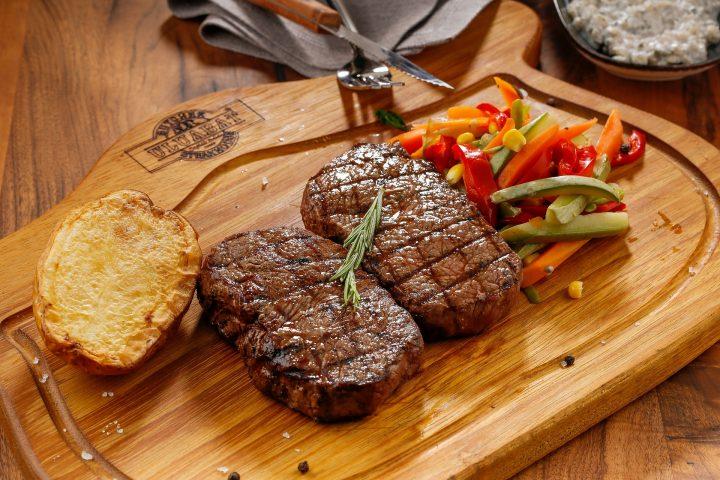 Jeden 3. Freitag im Monat: Das Beste vom Rind: Steak-Abend